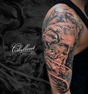 Татуировка Посейдон на плече